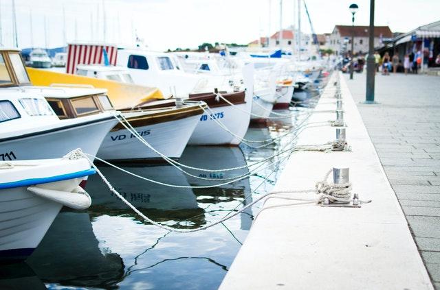 piezas para barcos con poliester